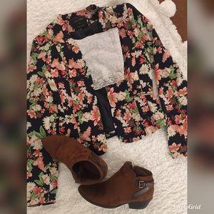 Gorgeous floral blazer